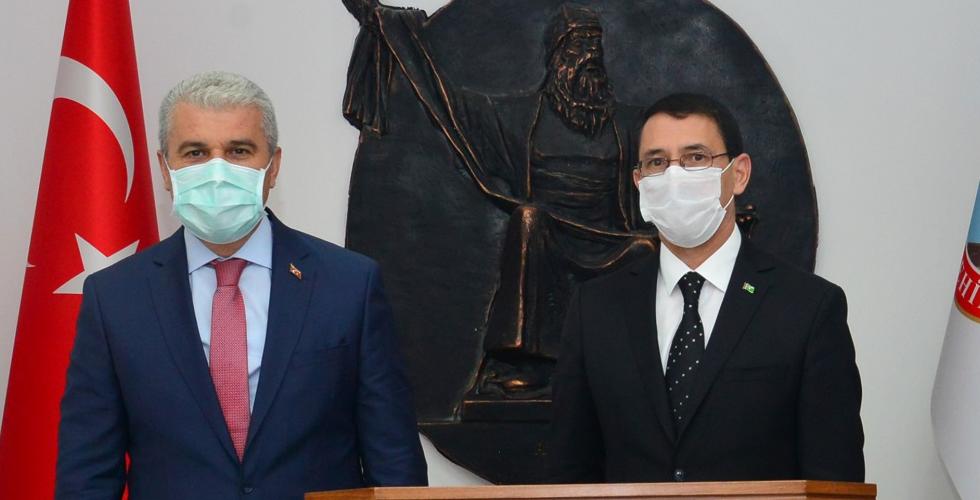 Türkmenistan Büyükelçisinden Vali Akın'a ziyaret