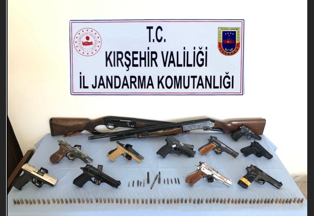 Kırşehir'de silah kaçakçılığı operasyonu